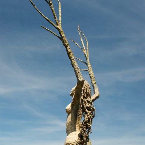 Mariella Knabe, Skulptur von Deny Lavoyer in La Petit Pierre